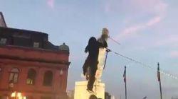 A Baltimora rovesciata anche la statua di Cristoforo