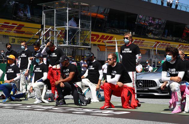 Au départ du Grand Prix d'Autriche, 14 des 20 pilotes ont décidé de mettre un genou...