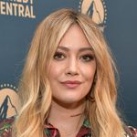 Hilary Duff Calls Out No-Mask-Wearing Karens With A Side Of Kanye West