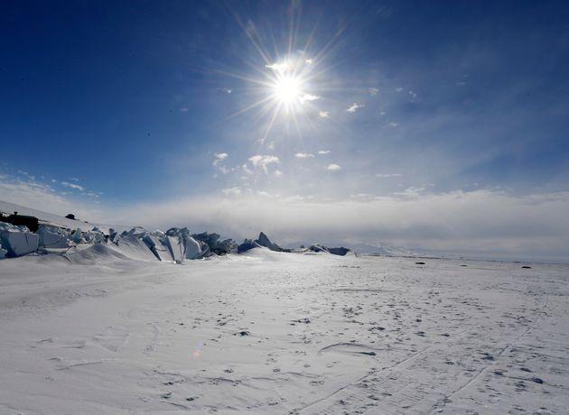 Ένας κρυμμένος ωκεανός κάτω από τους πάγους της