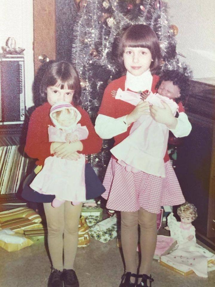 Annie et moi, on était considérées comme de vraies soeurs. On était toujours habillées et coiffées de la même manière!