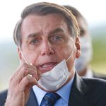 Bolsonaro afirma estar com suspeita de