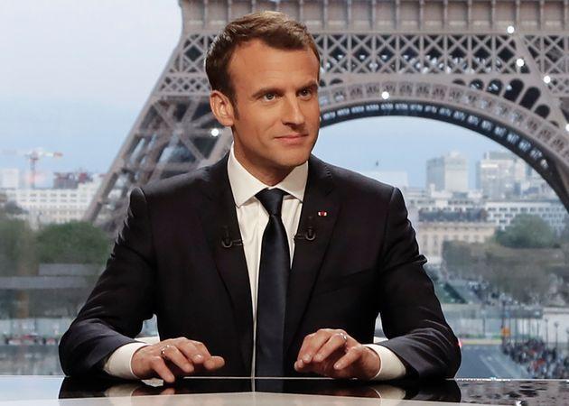 Emmanuel Macron lors d'une interview télévisée, depuis le palais de Chaillot à...