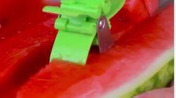 El cortador de sandía que no sabías que necesitabas hasta que lo veas