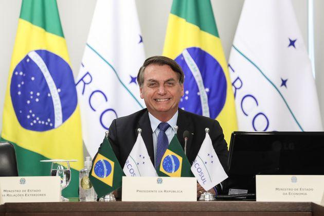 Jair Bolsonaro, ici lors du sommet du Mercosur organisé par vidéoconférence à...