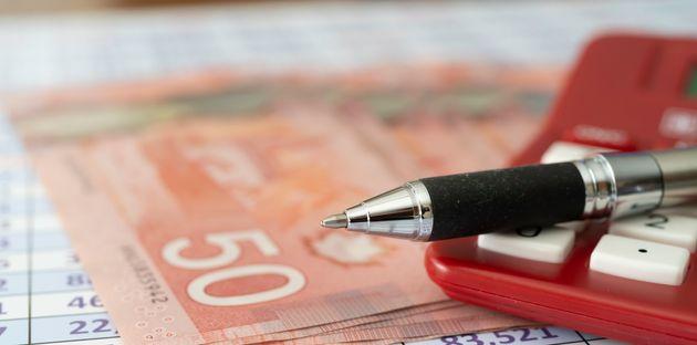 Combien coûterait un revenu de base garanti de six mois pour les