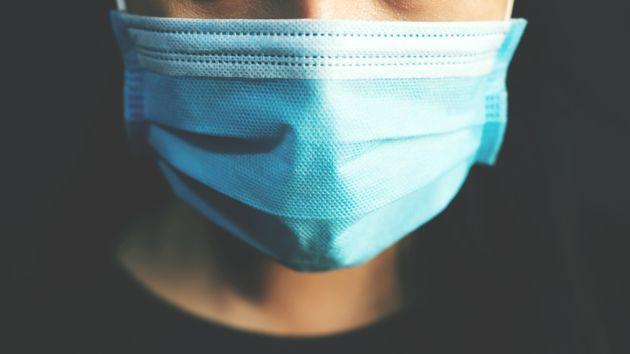 Le masque pourrait devenir obligatoire hors de