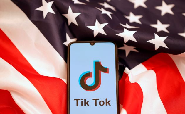 アメリカ国旗とTik