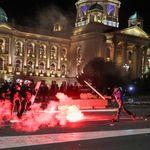 Εδώ είναι Βαλκάνια: Ο κορονοϊός χτυπάει ασύμμετρα και απειλεί την πολιτική