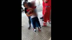 Rimasto da solo a 7 anni in Libia, ritrova la madre in Calabria: l'abbraccio commuove