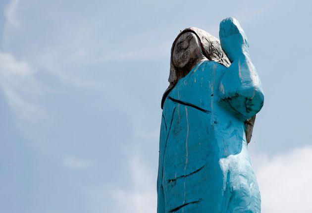 The Melania Trump statue, pre-fire, in
