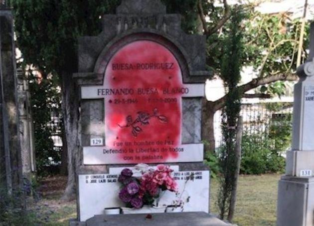 Panteón donde reposan los restos de Fernando