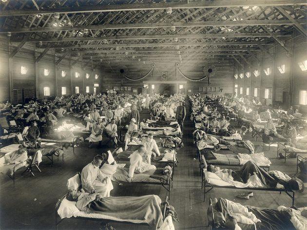 Un hospital de emergencia creado en Camp Funston, Kansas (EEUU), durante la epidemia de gripe de