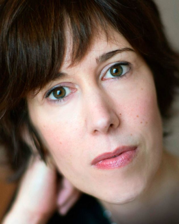 La escritora francesa Laetitia Colombani. / Foto de Céline Nieszawer-cortesia