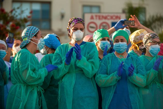 Imagen de archivo de personal sanitario durante la