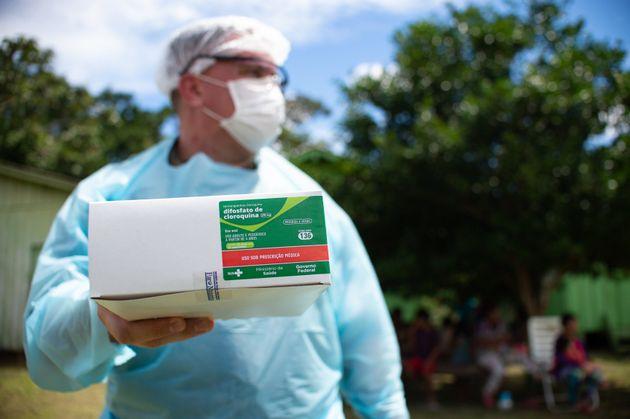 Já foram distribuídas 4,3 milhões de doses de cloroquina para pacientes de covid-19...
