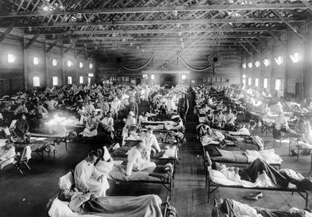 Influenza epidemic patients in an emergency hospital Kansas, USA during the 1918 Spanish influenza outbreak...