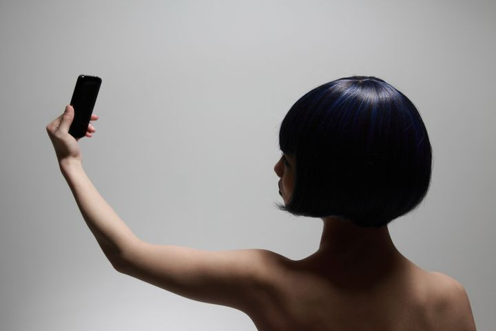 Pourquoi se prendre en photo nue est (aussi) une forme de self love