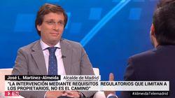 La cara (y el gesto) de Martínez-Almeida cuando le recuerdan que