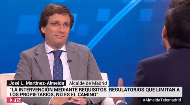 Martínez-Almeida en