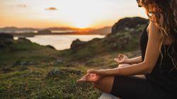 Vuoi iniziare a meditare? Pratiche, libri, corsi online e app: tutto ciò che c'è da