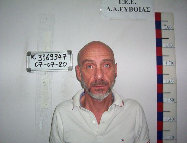Αυτός είναι ο δάσκαλος που συνελήφθη για ασέλγεια σε