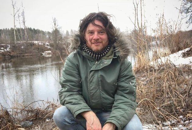 Le chanteur Yann Perreau fait l'objet d'allégations d'abus