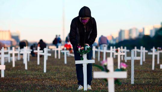 Pela 30ª vez, Brasil registra mais de mil mortes causadas por covid-19 em 24