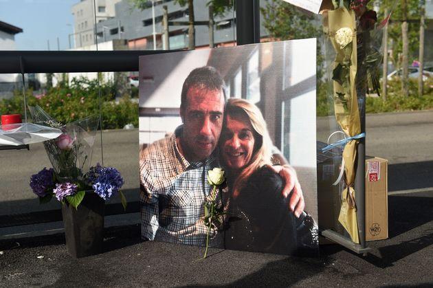 Muere el conductor de autobús agredido en Bayona por unos jóvenes a los que no dejó subir sin