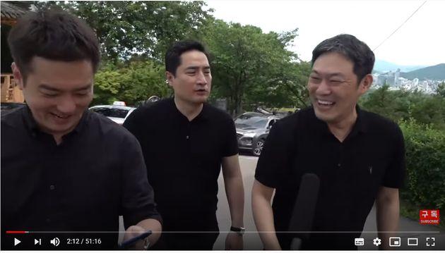故 박원순 서울 시장 시장이 발견된 성북구 와룡공원 일대에서 방송을 진행한 가세연