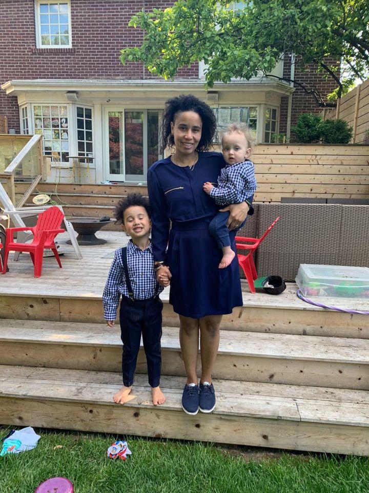 Megan avec ses fils Duke et Dermott.