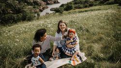 Deux mères décrivent l'«étrange société secrète» du don de