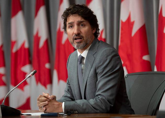 M. Trudeau avait annoncé le 25 juin la création de la Bourse canadienne pour le bénévolat