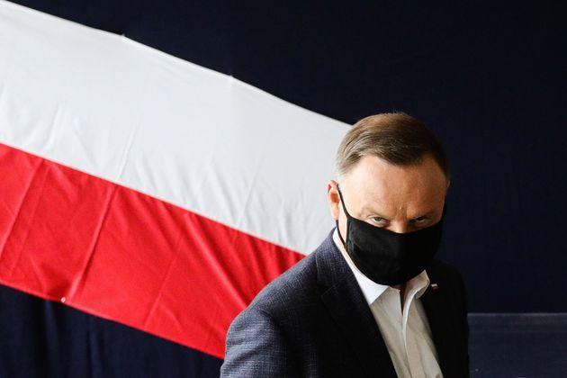 El presidente de Polonia, Andrzej Duda, este domingo al ir a votar en Cracovia (Filip Radwanski/SOPA...