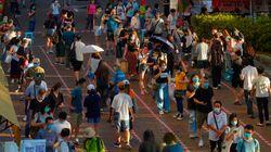 홍콩 정부의 경고에도 야권 예비선거에 엄청난 인파가