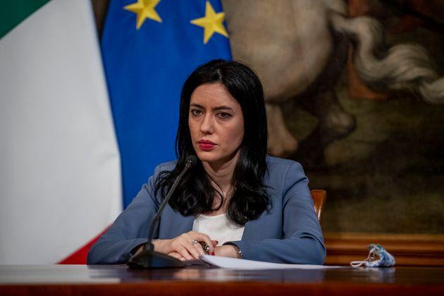 I presidi chiedono ad Azzolina di difenderli dagli attacchi
