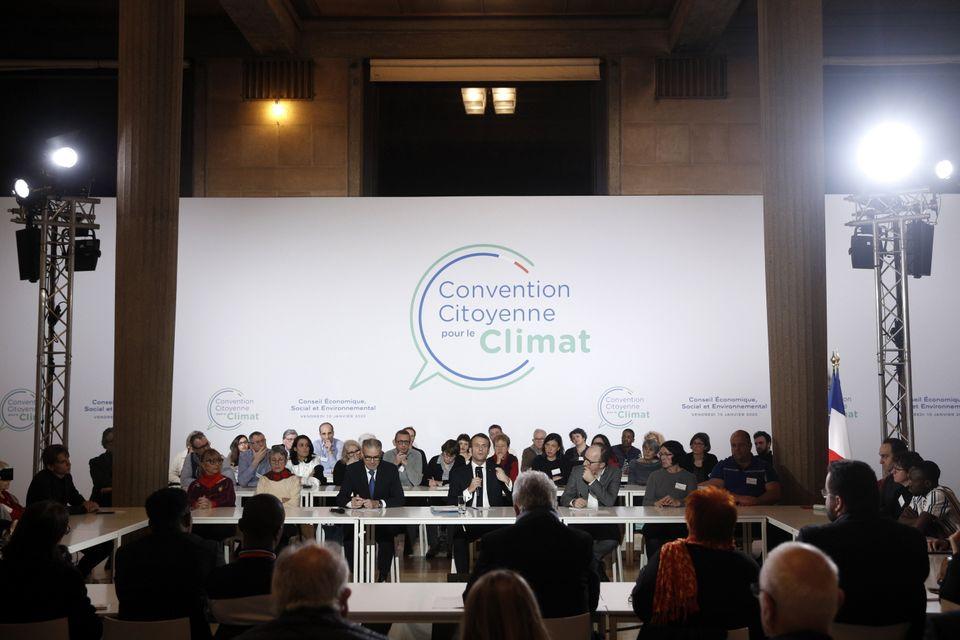 Le président Emmanuel Macron le 10 janvier, lors d'une réunion de la Convention citoyenne pour le climat