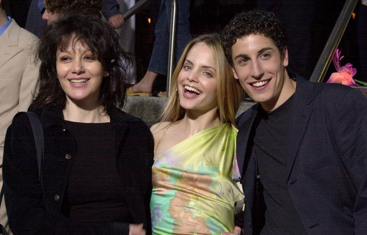 "Amy Heckerling, Mena Suvari and Jason Biggs at the Los Angeles premiere of ""Loser"" on July 20, 2000."