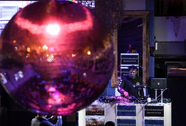 Le Conseil d'Etat a jugé ce lundi 13 juillet que la fermeture prolongée des discothèques n'était pas...