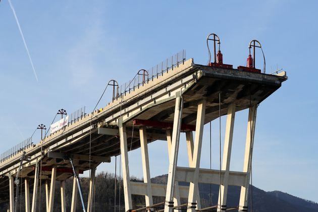 Autostrade, il comitato delle vittime del Ponte Morandi: