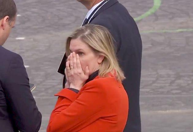Cette ministre était catastrophée par cet oubli avant le défilé du 14