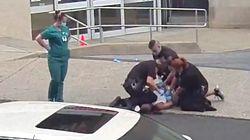 La policía de Pensilvania investiga otro vídeo de un agente que presiona la cabeza de un hombre con la