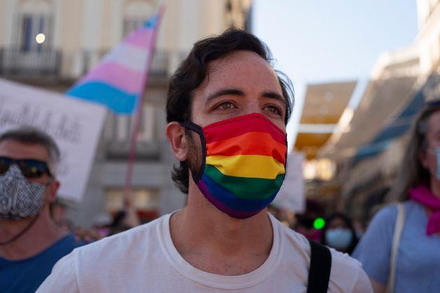 Pesquisa apresenta quatro possibilidades para apoiar a população LGBT neste