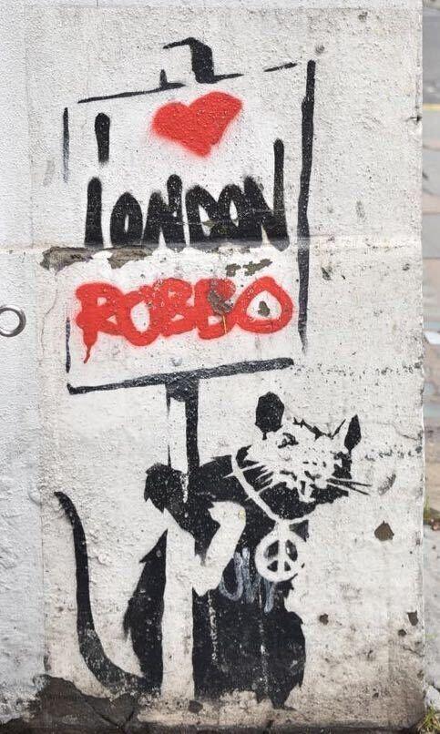 2010年、ロンドンの路上に残された作品