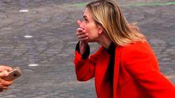 La ministra de Industria de Francia olvida su mascarilla y esta es su