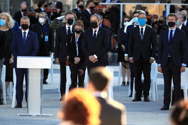 El lehendakari, Íñigo Urkullu (c), el president de la Generalitat, Quim Torra (c) y el presidente de...