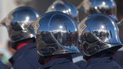 Darmanin augmente la prime de feu des pompiers pour un gain de 100 euros