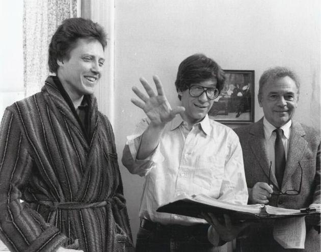 Cronenberg (centro) comChristopher Walken (esq.) eHerbert Lom (dir.) no set de