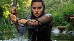 'Cursed - A Lenda do Lago' é mais uma tentativa da Netflix de ter seu próprio 'Game of
