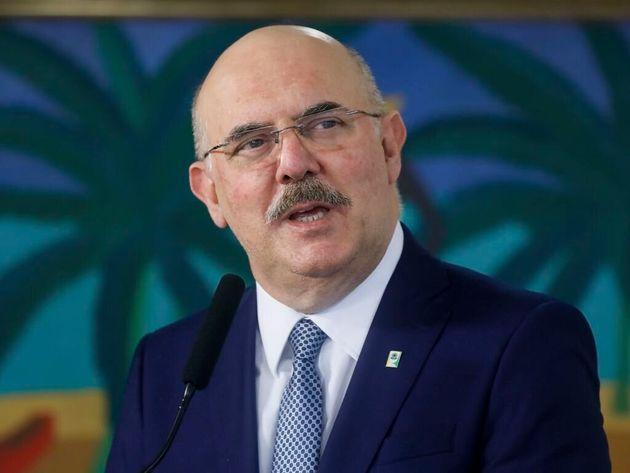 Milton Ribeiro toma posse no Ministério da